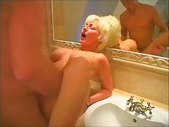 Hot blonde milf just about the tub fucking overwrought a young guy