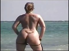 Real exhibitionist HOMEVIDEO