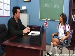 Teen Babe Sucking Her Teachers Huge Cock