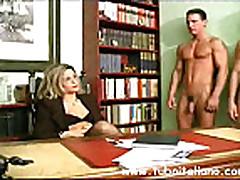 Piss- Italian Female Manager