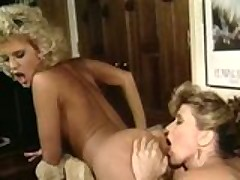 Retro Ass Pumping Lezzies