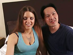 Rochelle Ryder Gives Away Her Hole To A Nice Guy