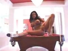 Smokin' hot ebony sex star knows how to work it!