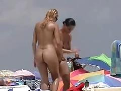 Busty sexy chicks group on nudist beach