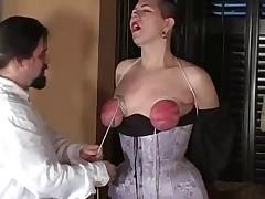 Gothicgirl love bondage and spanking